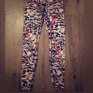 Lululemon multicolored full length leggings size 6